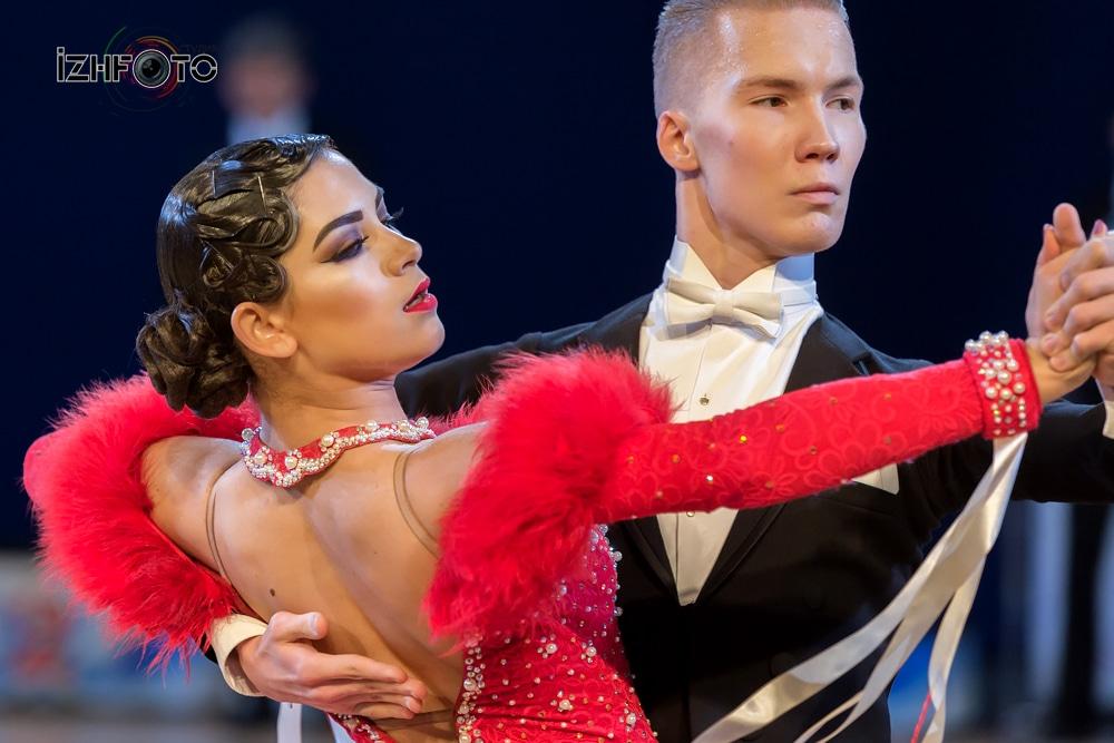 Бальные танцы европейская программа