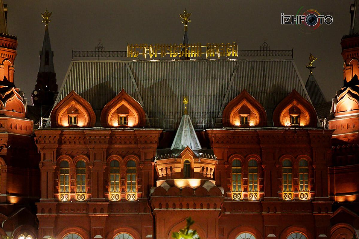 Новогоднее украшение Красной площади