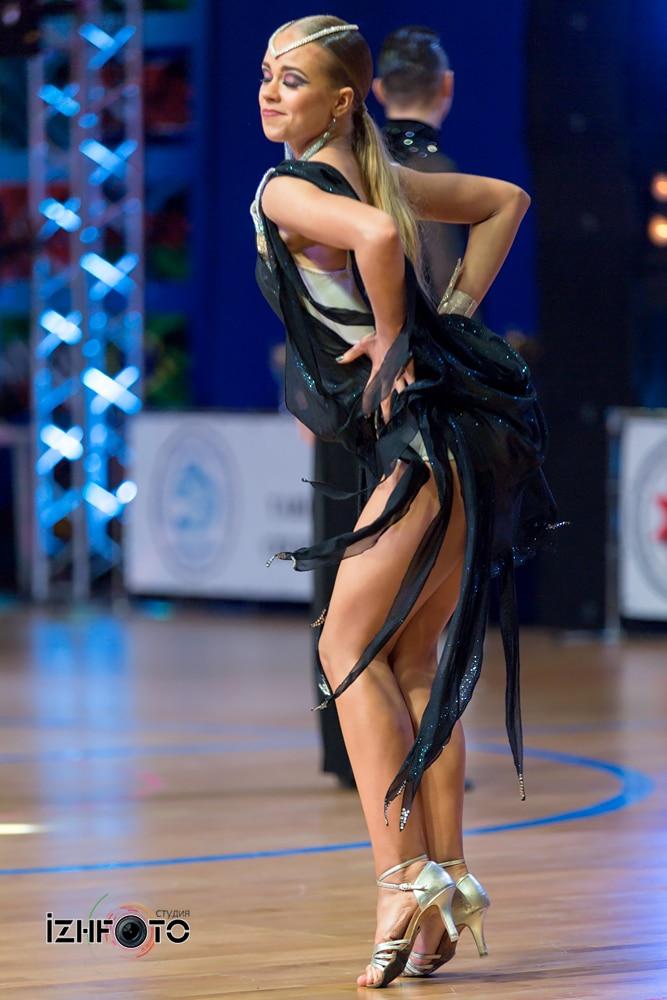 Латина танец