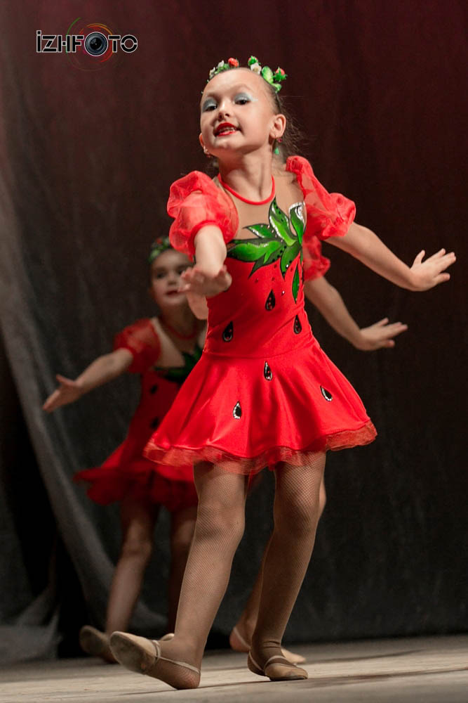 Ягодки - театр танца
