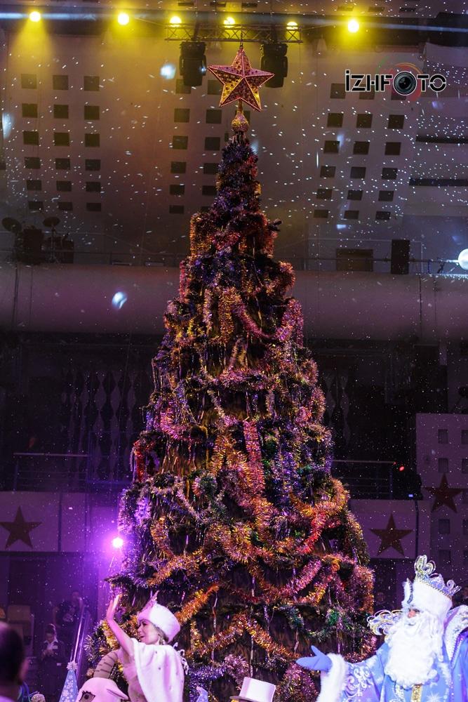 Новогодние праздники в Ижевске