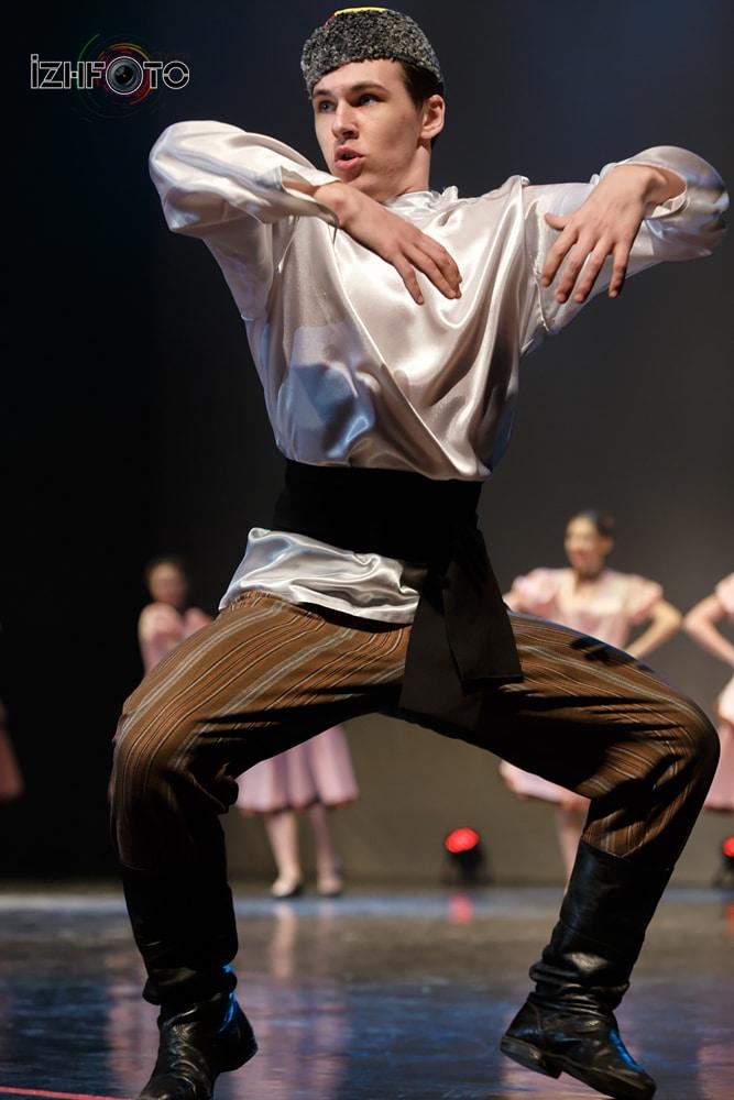 Танцевальный коллектив «Радость» Фото