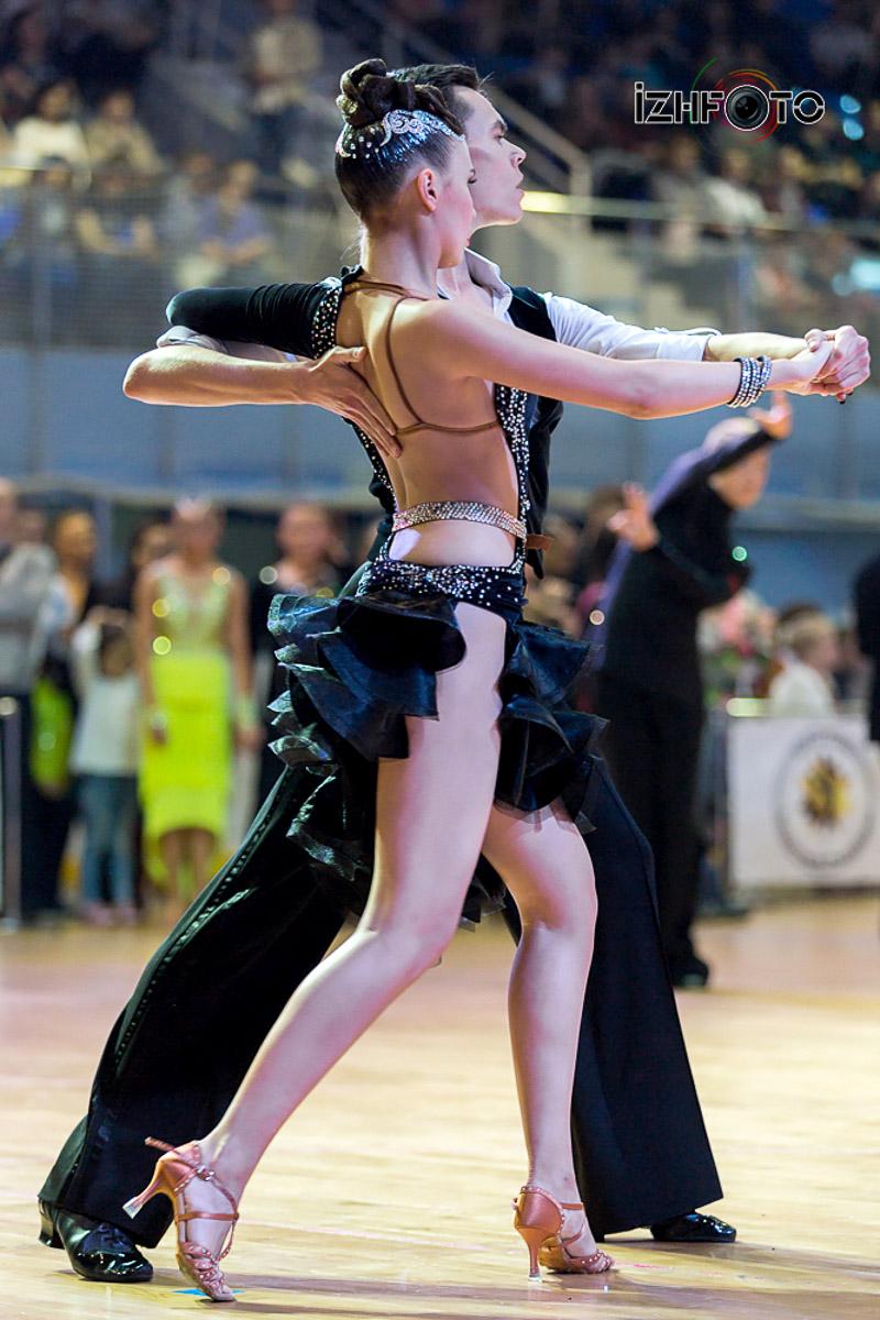 Платья для бальных танцев латина