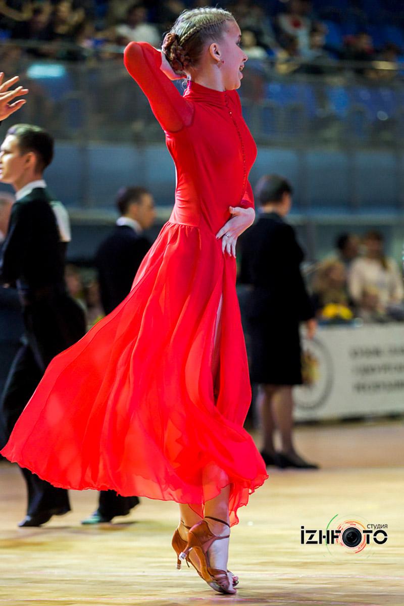 Спортивные бальные танцы латина