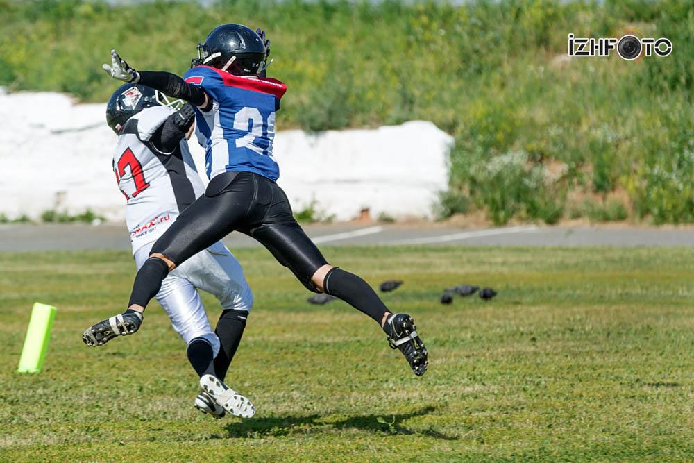 Американский футбол в Ижевске