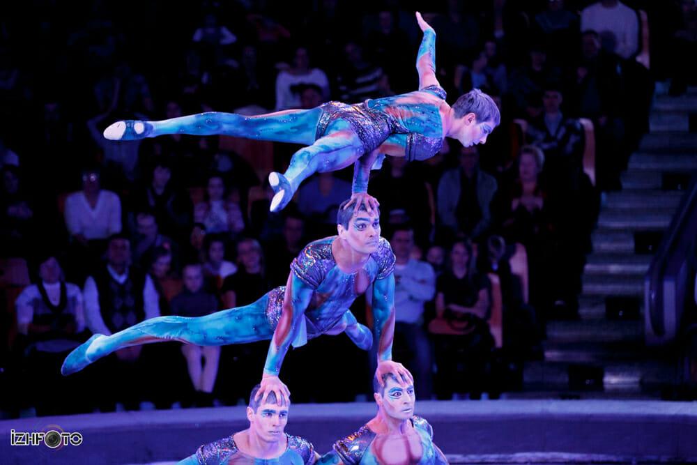 Акробатическая группа Атлантис в цирке Ижевска