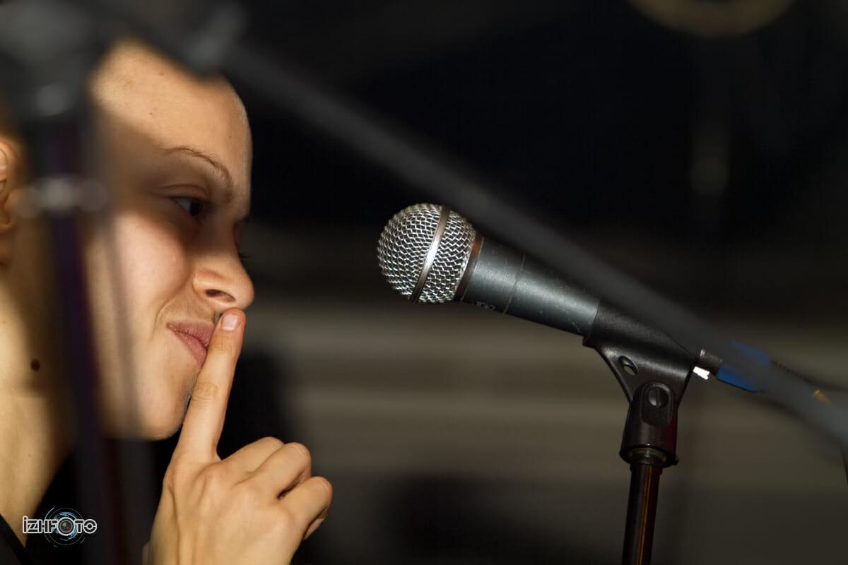 Выступление группы Alai Oli в Ижевске, 2011 г.