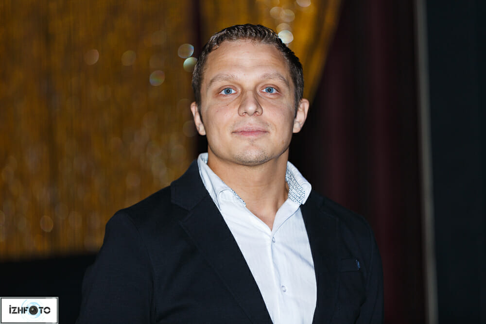 Денис Белоусов - автор книги