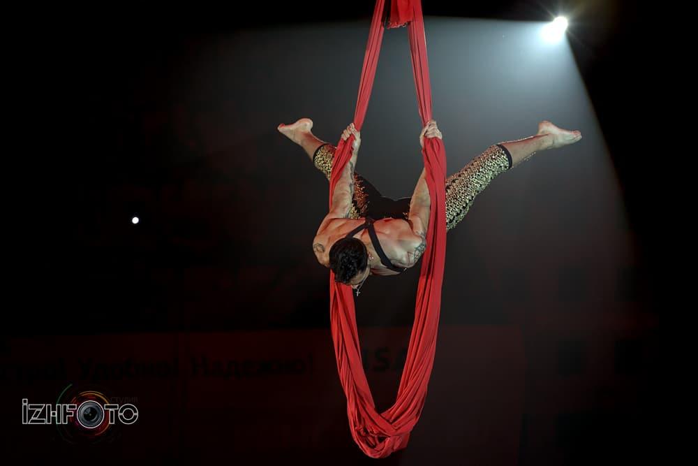 Густаво Сартори на воздушных полотнах Бразилия
