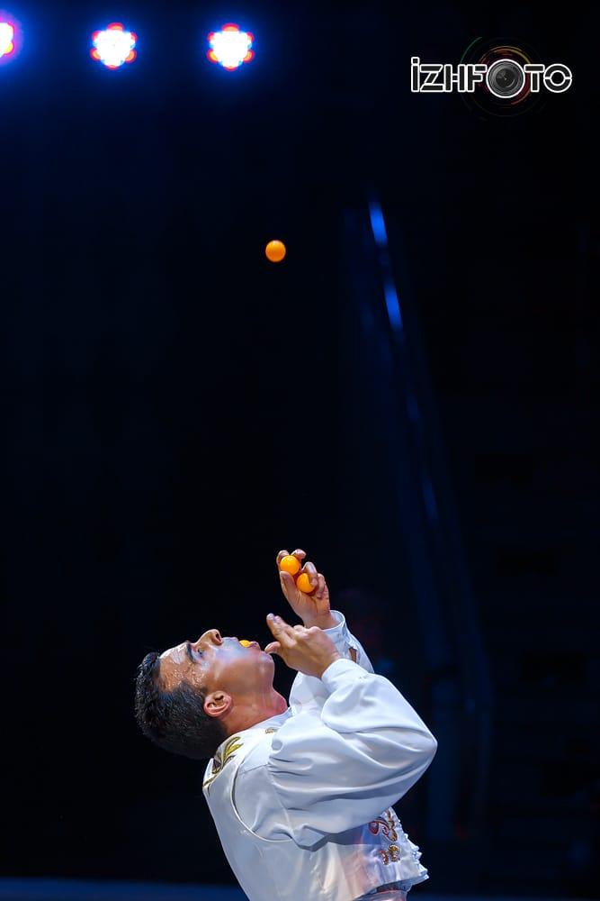 Picasso Jr juggler Spain