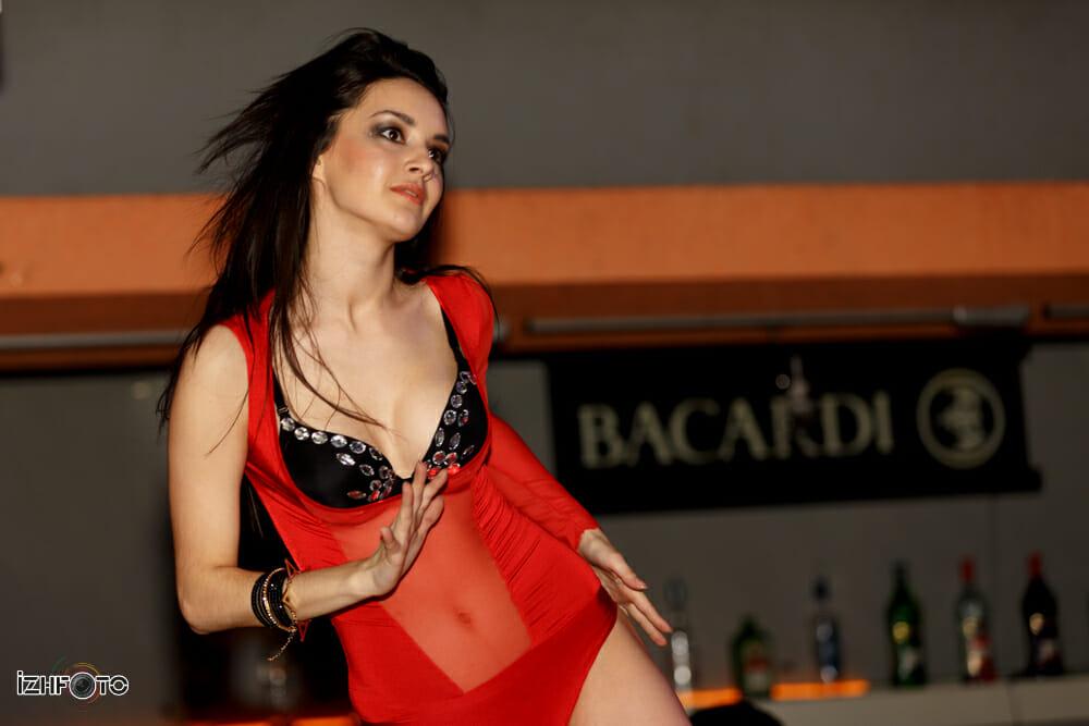 Фото танцовщиц Гоу-Гоу
