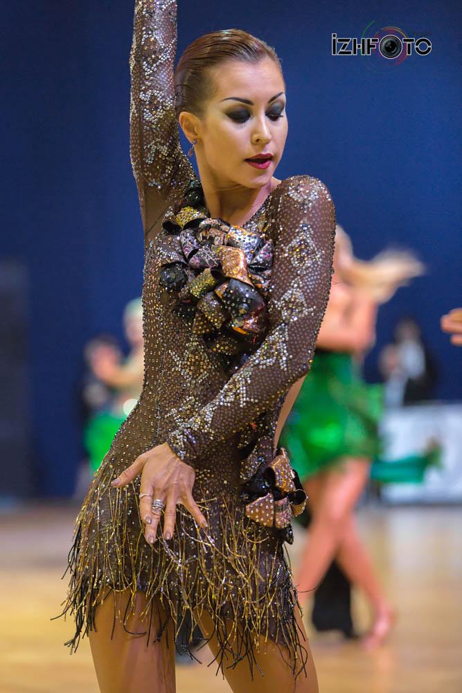 Соревнования по танцевальному спорту Фото