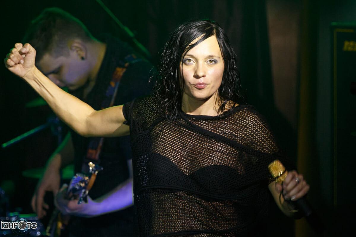 Фоторепортаж с концерта группы Мара в Ижевске