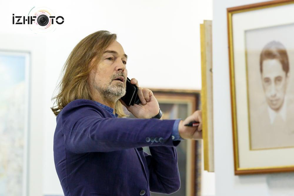 Встреча Никаса Сафронова с журналистами
