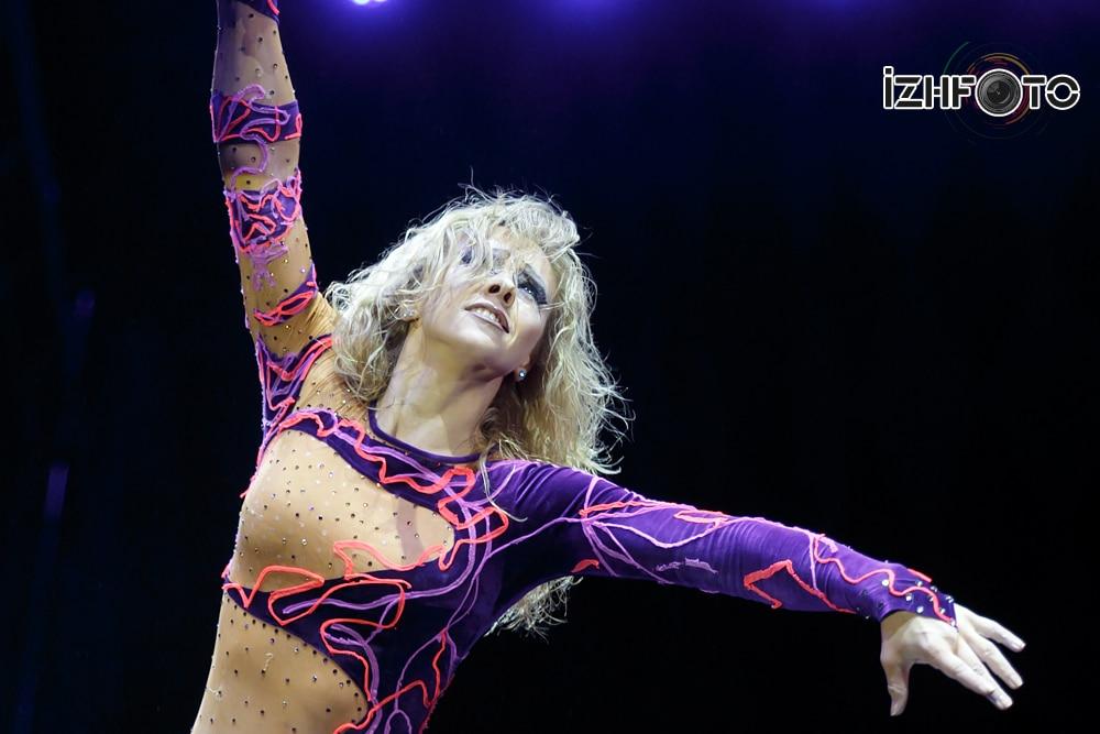 """Alyena Pavlova """"Woman"""" aerial ring Russia"""