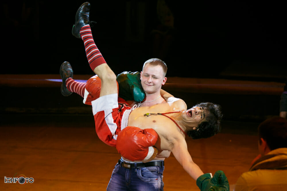Клоун Сезар Аедо на фестивале циркового искусства
