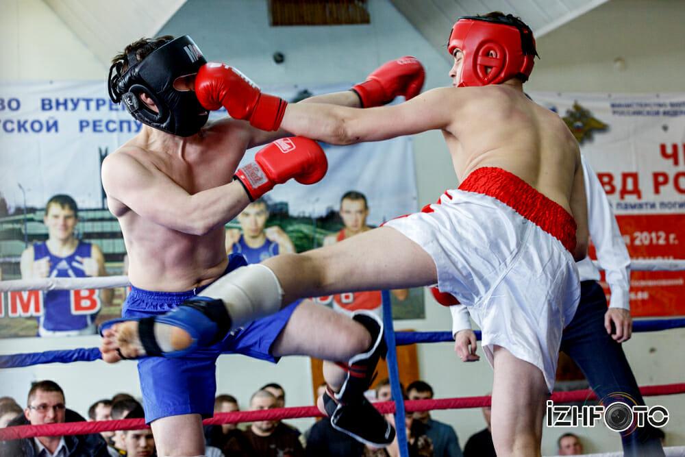 Соревнования по кикбоксингу в Ижевске