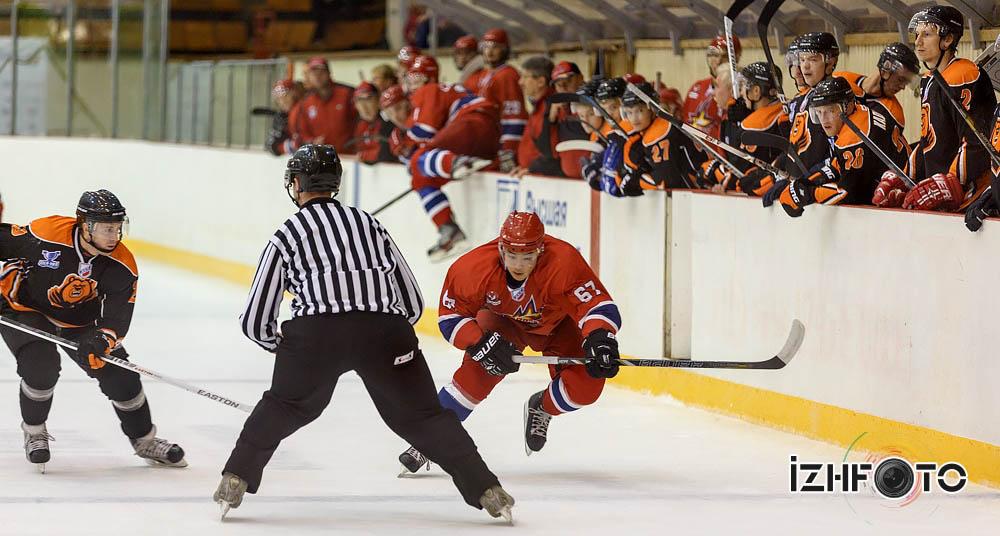Хоккей в Ижевске Фото