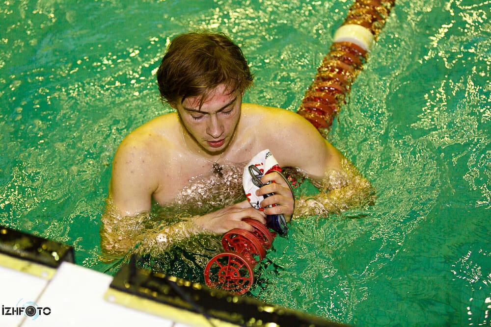 Соревнования по плаванию 2013