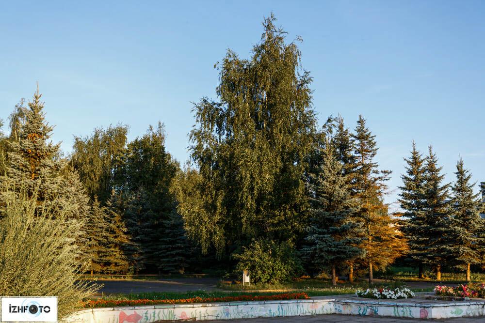 Территория Дворца Пионеров, Ижевск