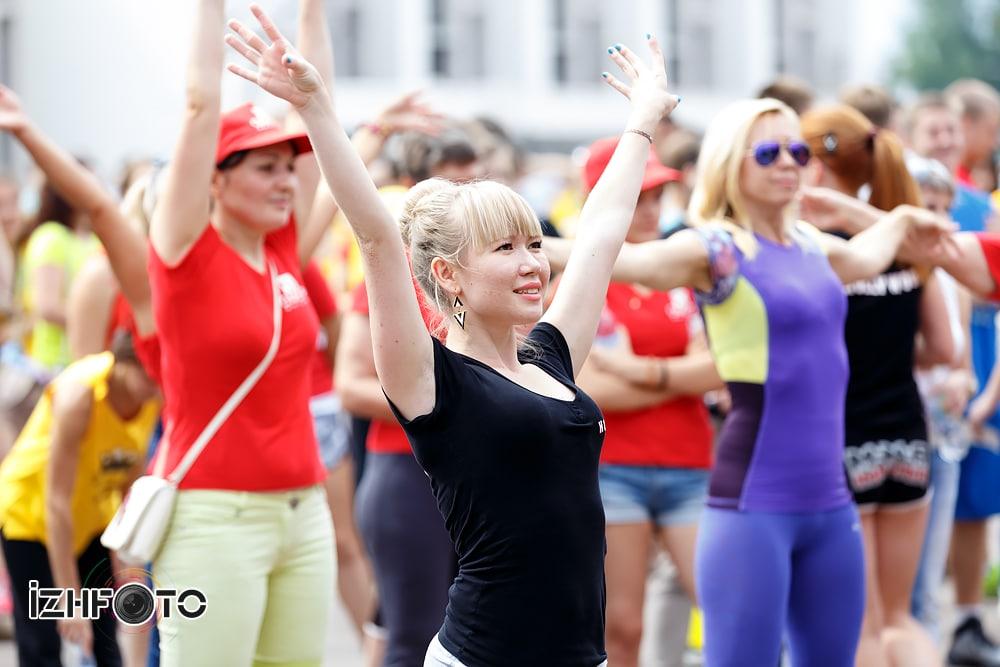 Фитнес тренировки на улице