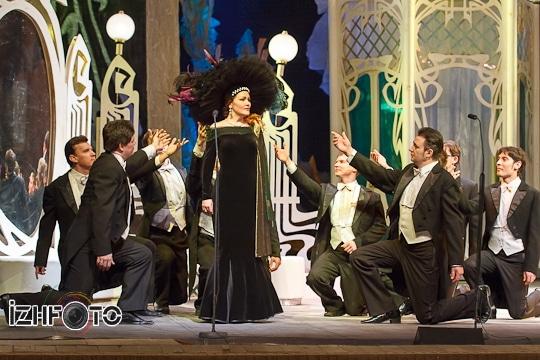 Веселая вдова, оперетта