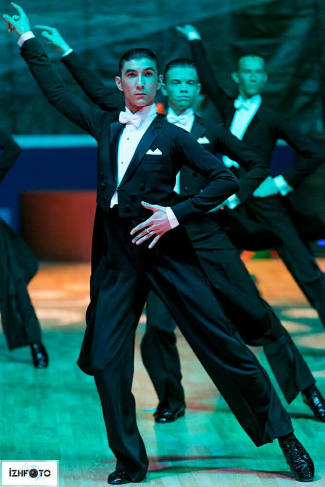 Танцевальный ансамбль Вера входит в состав Федерации танцевального спорта Тюменской области.
