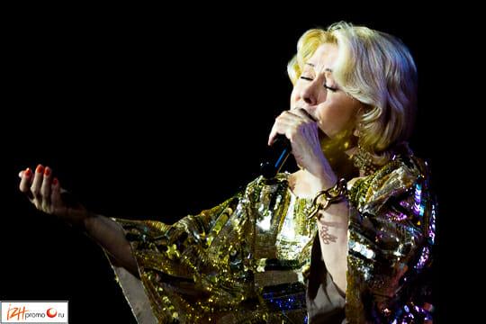 Любовь Успенская в Ижевске: фото с концерта