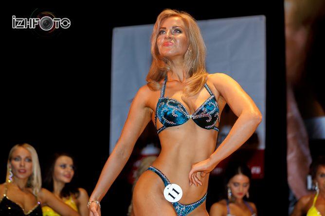 Мисс Бикини №5 от спорт-клуба Чемпион