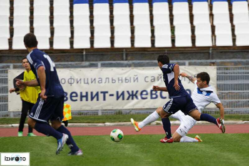 Футбольный клуб «Зенит- Ижевск»