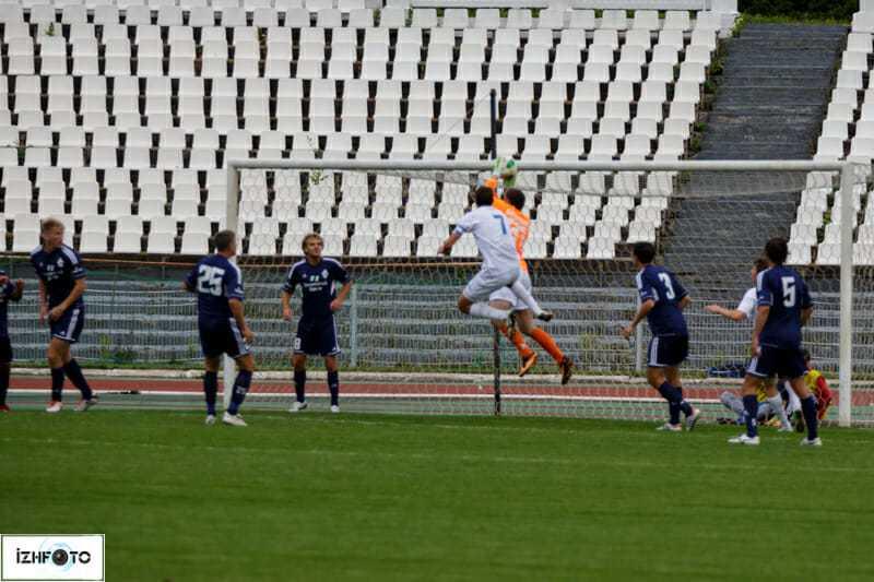 Футбол в Ижевске Фото