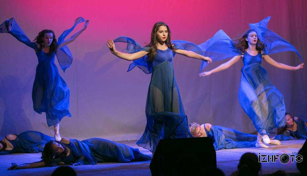 Балет «Театральный сезон» Ижевск Фото