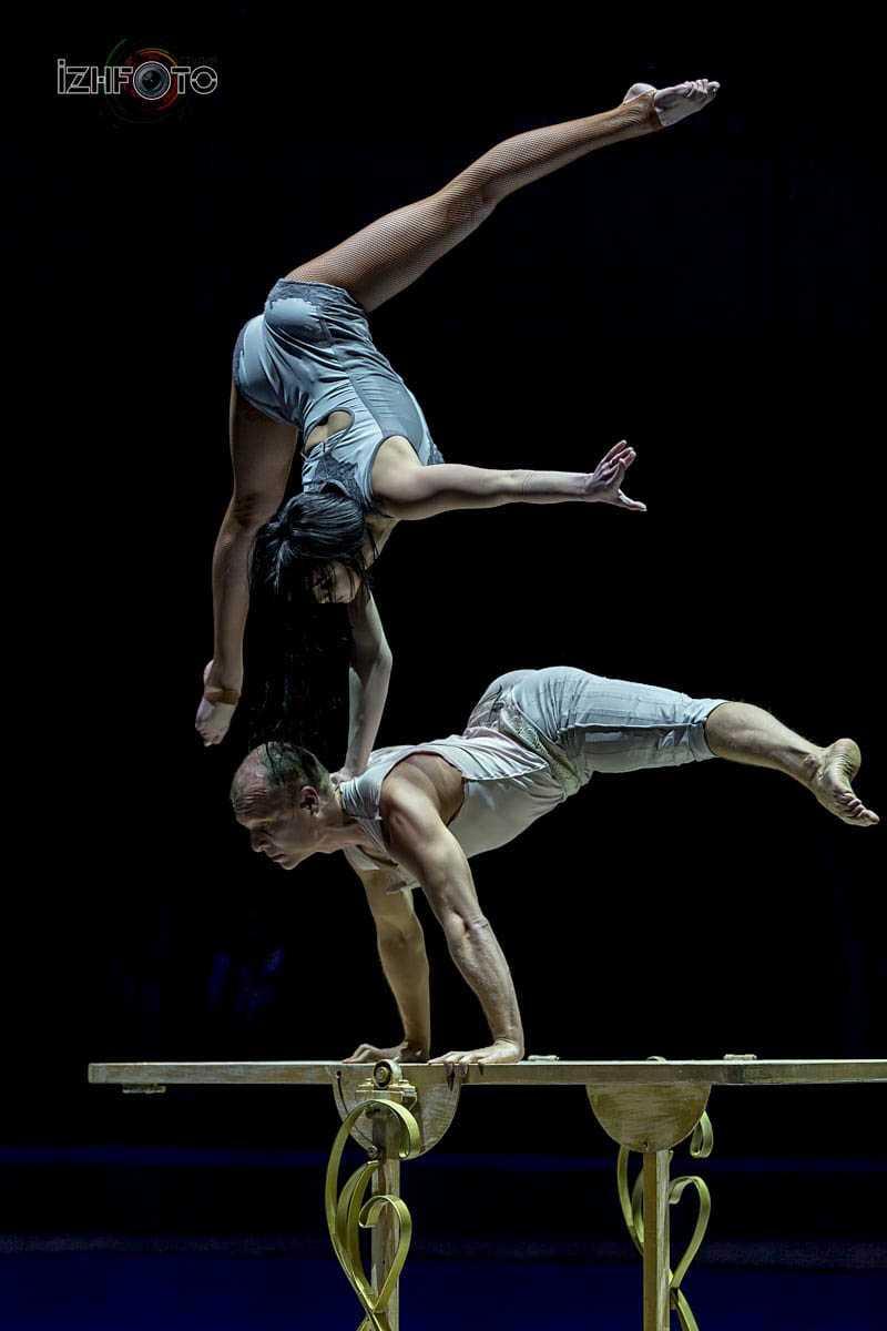 """"""" Behind the door"""", acrobatic duo, Russia"""