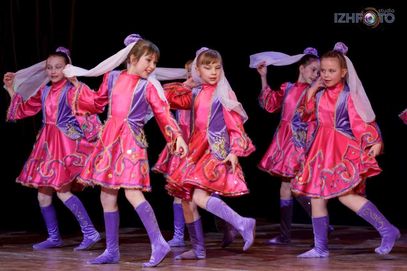 Ансамбль танца Атлантида - концерт в ДК Аксион