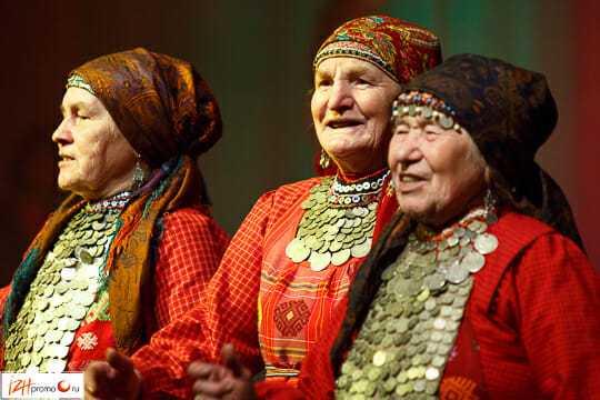 Бурановские бабушки - выступление в Ижевске