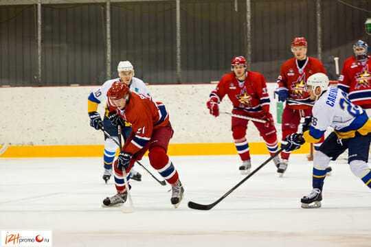 «Ижсталь» выступает в Высшей Хоккейной Лиге
