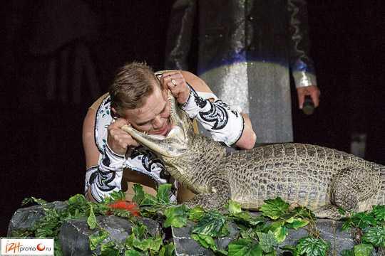 Сергей Таранух со своими экзотическими животнымb