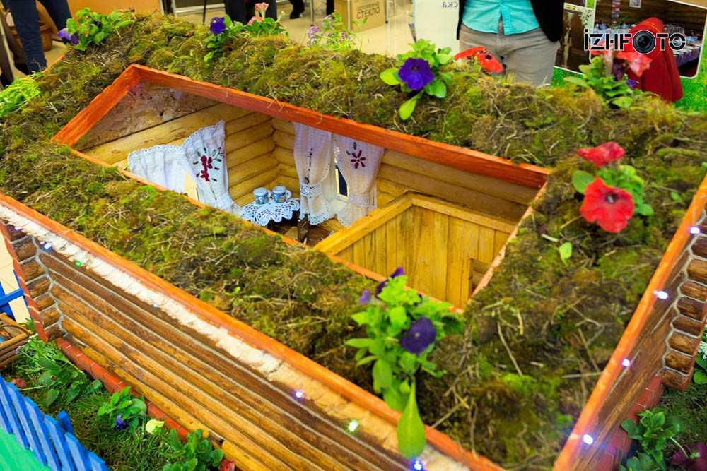 Фото с открытия выставки Турзавод в Ижевске