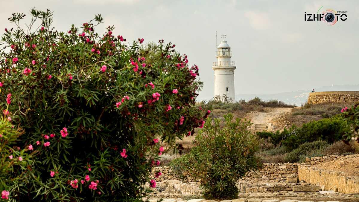 Paphos Lighthouse Photo