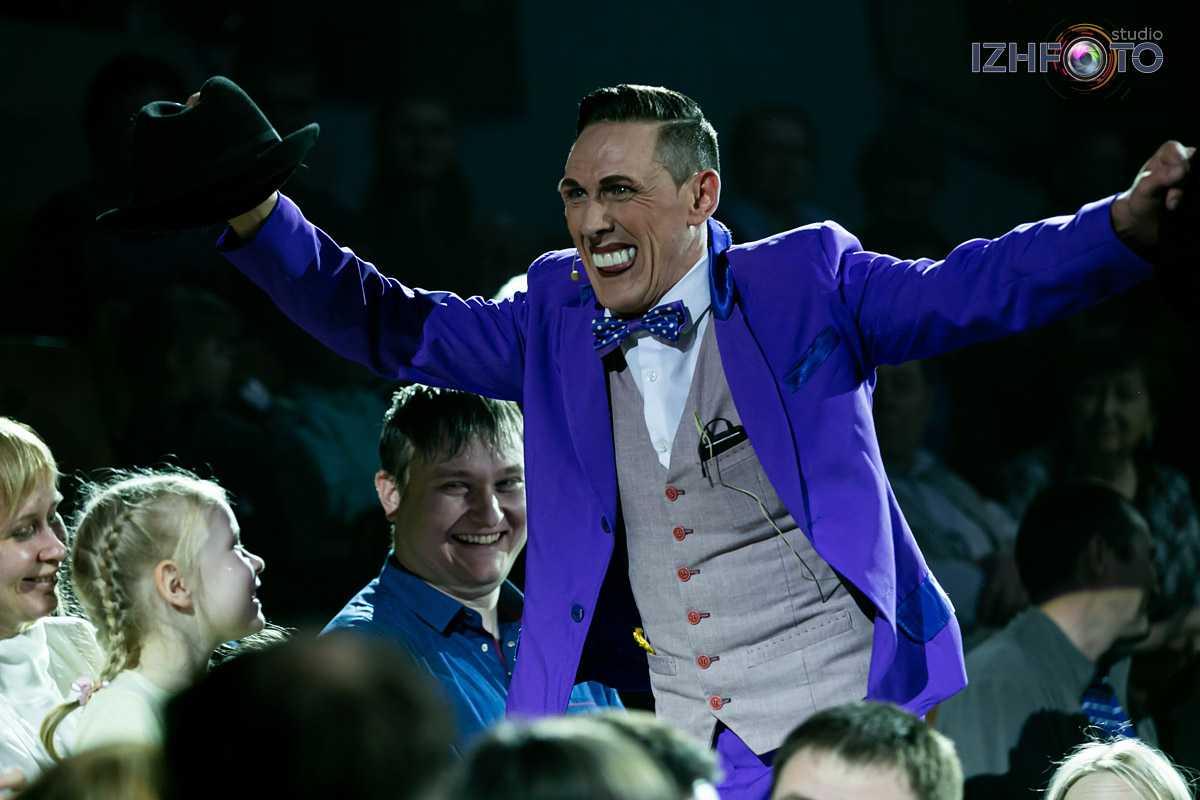 Анатолий Окулов - шоумен и соло-клоун Фото