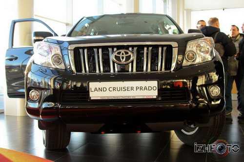 Toyota Prado Фото