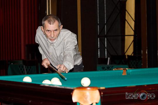 billiards-11