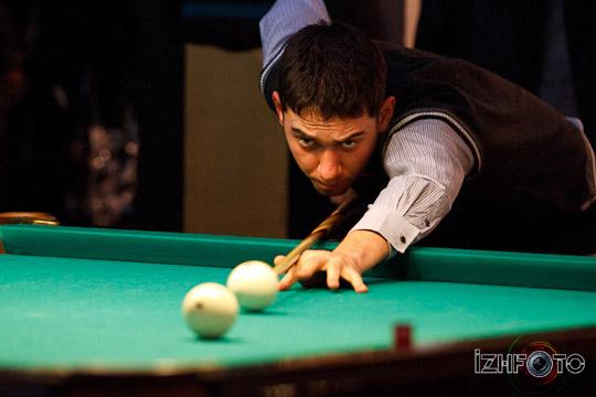 billiards-19