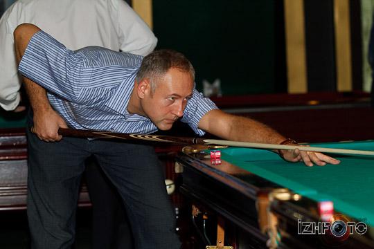 billiards-24