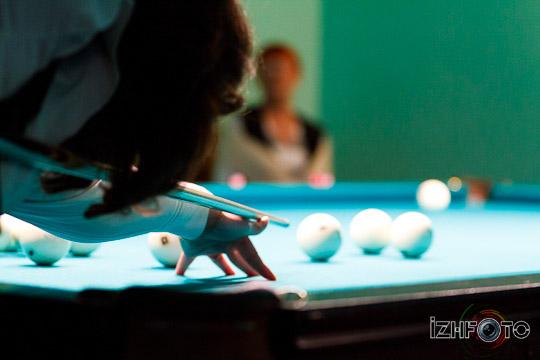 billiard_woman-31