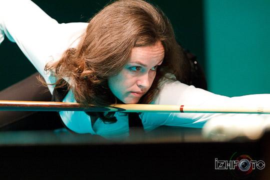 billiard_woman-33