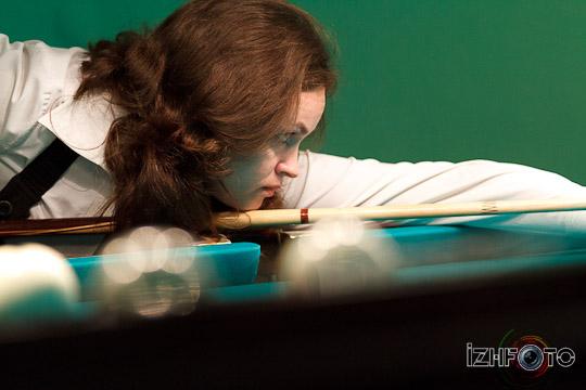 billiard_woman-37