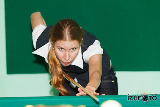 billiard_woman-43