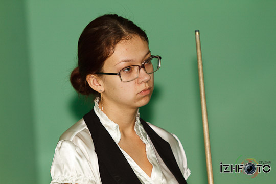 billiard_woman-5