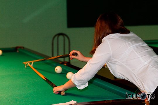 billiard_woman-53